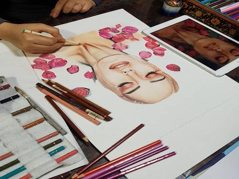 نقاشی با مدادرنگی